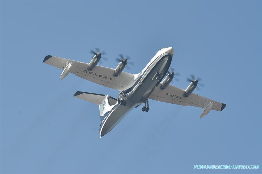 avião movido a oleo diesel