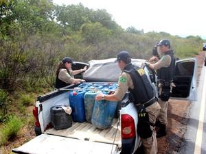 policia rodoviaria federal contrabando de entrega de gasolina
