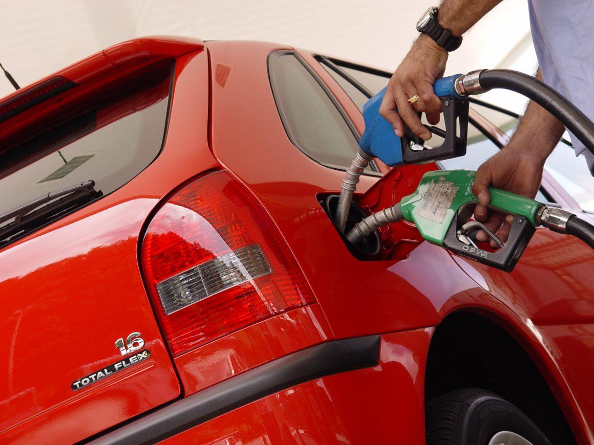 carro flex abastecer são leopoldo diesel